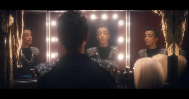 """צרפת: שוחרר הקליפ הרשמי לשיר """"Roi"""""""
