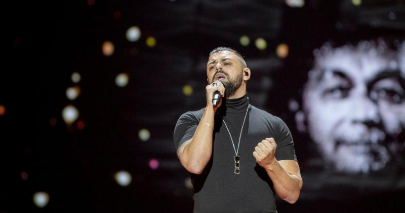 הונגריה בחזרה ראשונה: יוצי פאפאי על הבמה