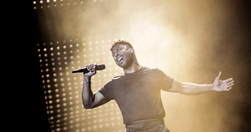שוודיה בחזרה שנייה: ג'ון לונדביק על הבמה