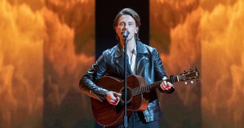 אסטוניה בחזרה ראשונה: ויקטור קרון על הבמה