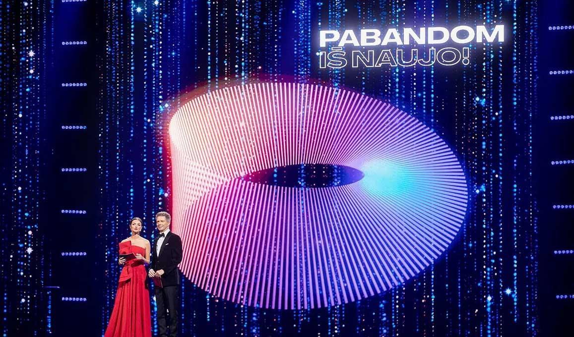 Pabandom Is Naujo Stage Lithuania