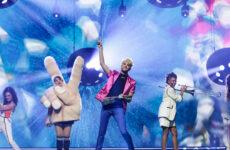 גרמניה בחזרה שנייה: ינדריק על הבמה